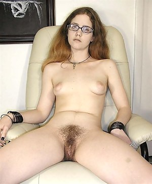 Young Pussy Porn Pictures