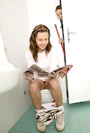 Toilet Porn Pictures